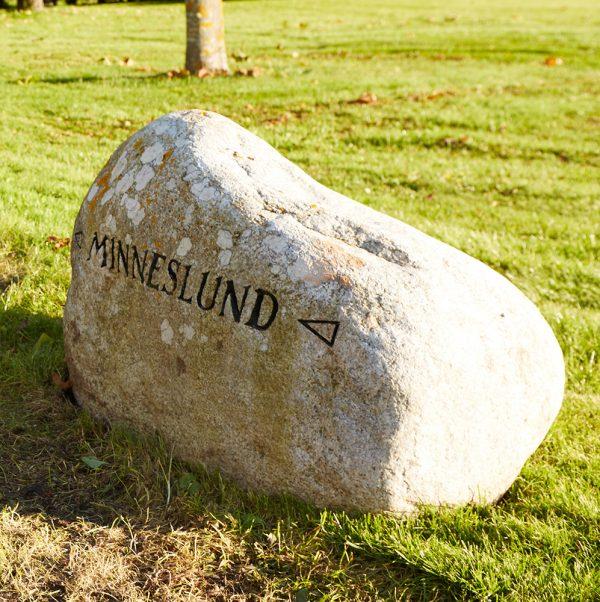 Minneslund Lavendla Begravningsbyrå