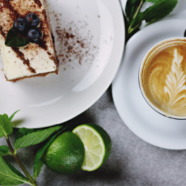 catering-till-minnesstund-kaffe-och-kakbuffe