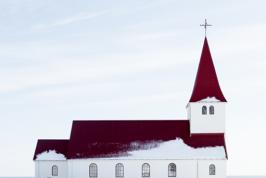 kyrklig-begravning-kyrka-lavendla-begravningsbyra