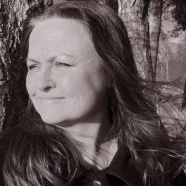 lavendla-begravningsbyra-solist-christina-264x264