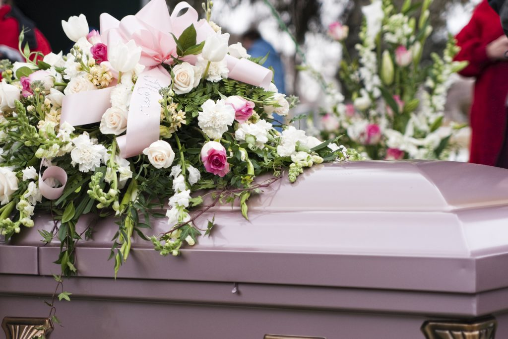 blomspråk, blommors betydelse, begravningsblommor, rosa blommor