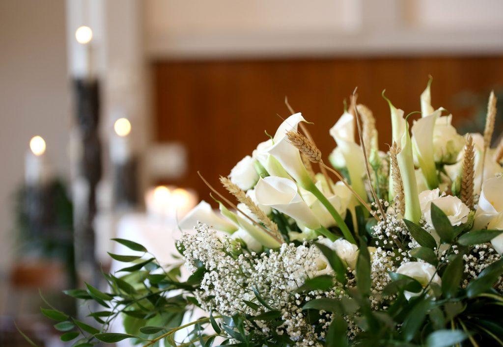 blomspråk, blommors betydelse, begravningsblommor, vita blommor