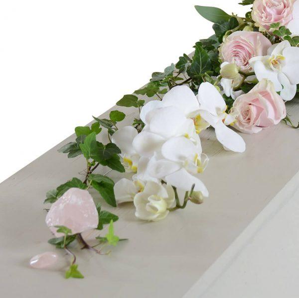 vanna1 kistdekoration begravningsblommor lavendla