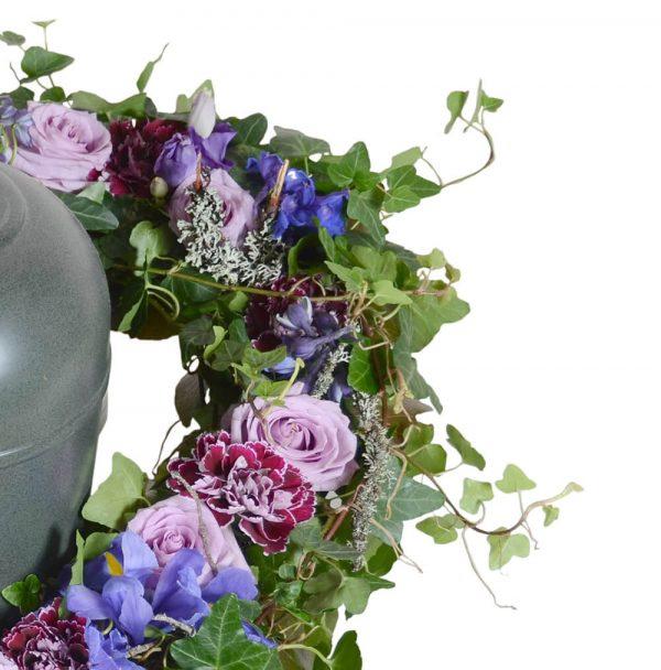 borea1 urndekoration begravningsblommor lavendla