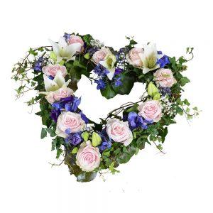 amor begravningsblommor hjärta lavendla