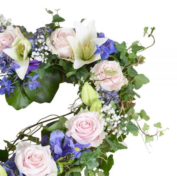 amor1 begravningsblommor hjärta lavendla