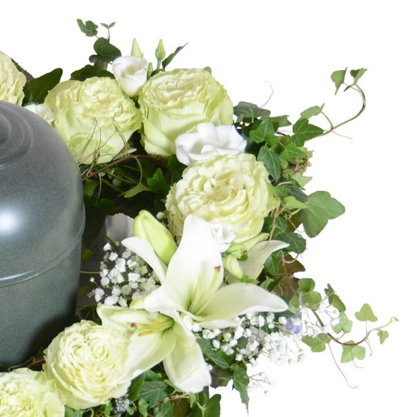 Anison1 begravningsblommor urndekoration lavendla