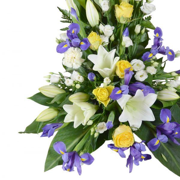 hispa1 sorgdekoration begravningsblommor lavendla