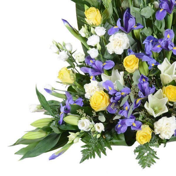 hepta1 sorgdekoration begravningsblommor lavendla