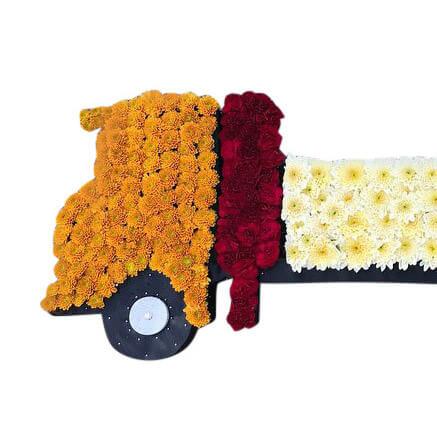 lastbil1 begravningsblommor lavendla