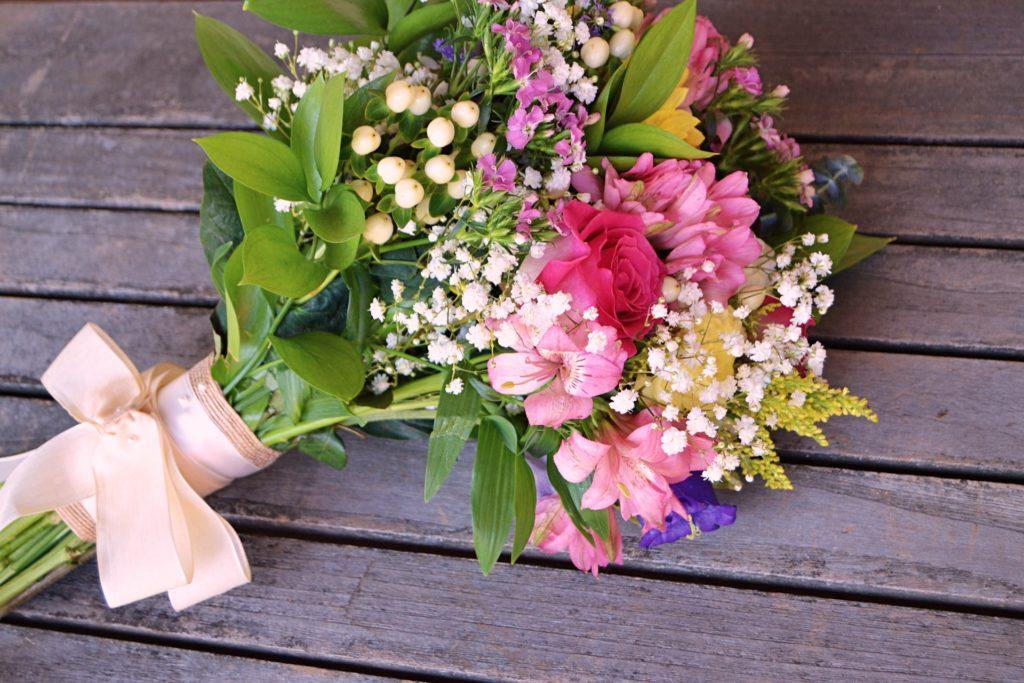 blommor till begravning och vid dödsfall