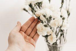 planera begravning blommor